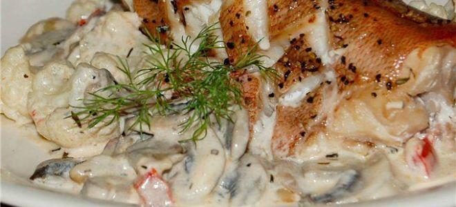 Как приготовить морского окуня в сметане