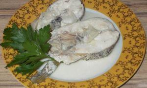 Щука тушеная в сметане с овощами – потрясающе вкусный рецепт!