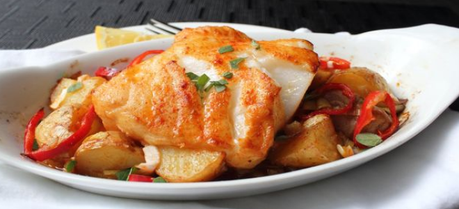 Как запечь морского окуня с картошкой: детальные рецепты