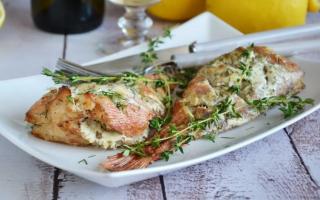 Жареный морской окунь: популярные рецепты